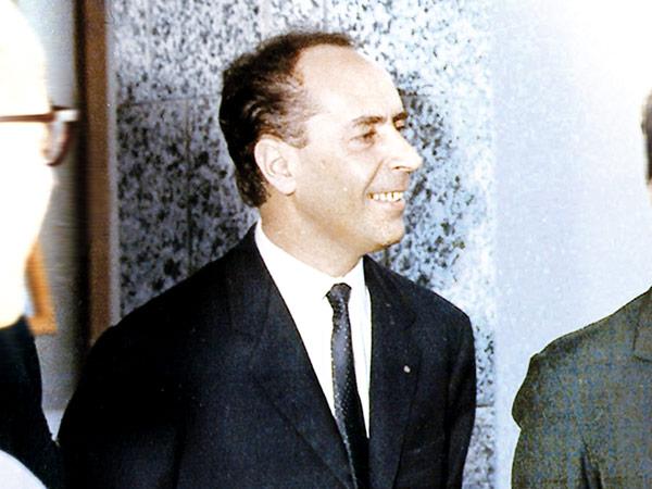 LeBetulle Augusto Guida con ospiti il giorno dell inaugurazione